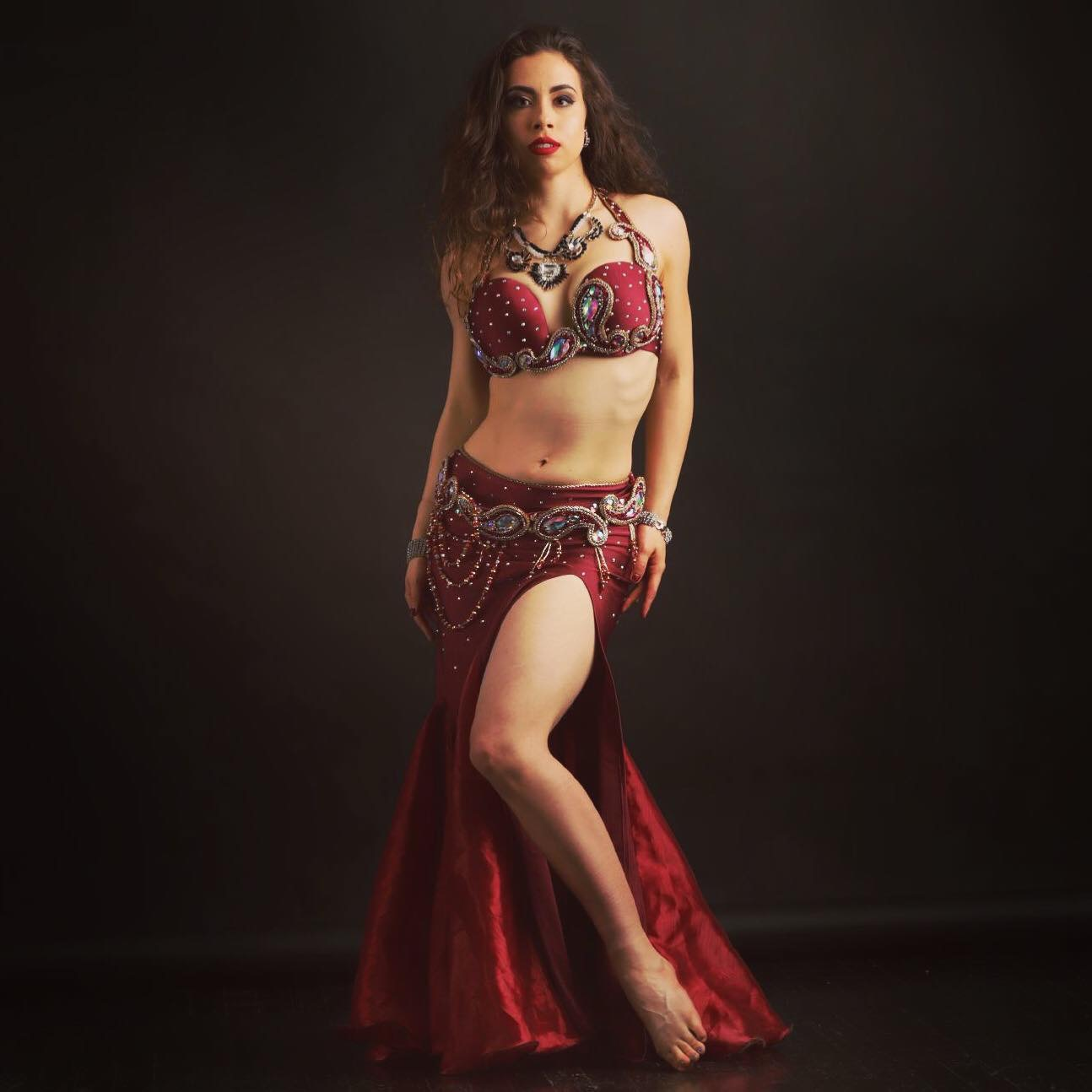 Belly Dancer Enshara